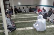 درس في مسجد كامب – 2 .