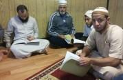 درس الجالية العربية لأحد المتعاونين.